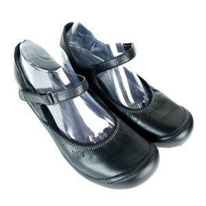 CLARKS PRIVO Mary Jane Comfort Shoes 2.5″ Heel Bla